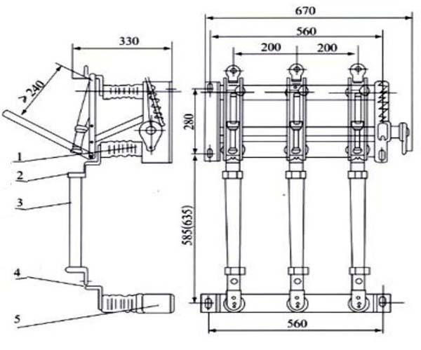 FN5-12系列户内负荷隔离开关 FN5-12R(L)型户内交流高压负荷开关一熔断器组合电器适用于50HZ、12KV的电网络中,作为开断负荷电流及关合电流之用。带有熔断器的负荷开关可切断短路电流作保护开关之用。 型号有:FN5-12,FN5-12D-带接地开关,FN5-12R-带熔断器,FN5-12RS-熔断器在上部,FN5-12RL带熔断器和脱扣装置,FN5-12RDL-带熔断器-脱扣器-接地刀。 本负荷开关可配用CS6-1型手动操作机构、本产品专用CS口手动或CJ口电动操作机构。 FN5-12R(L)